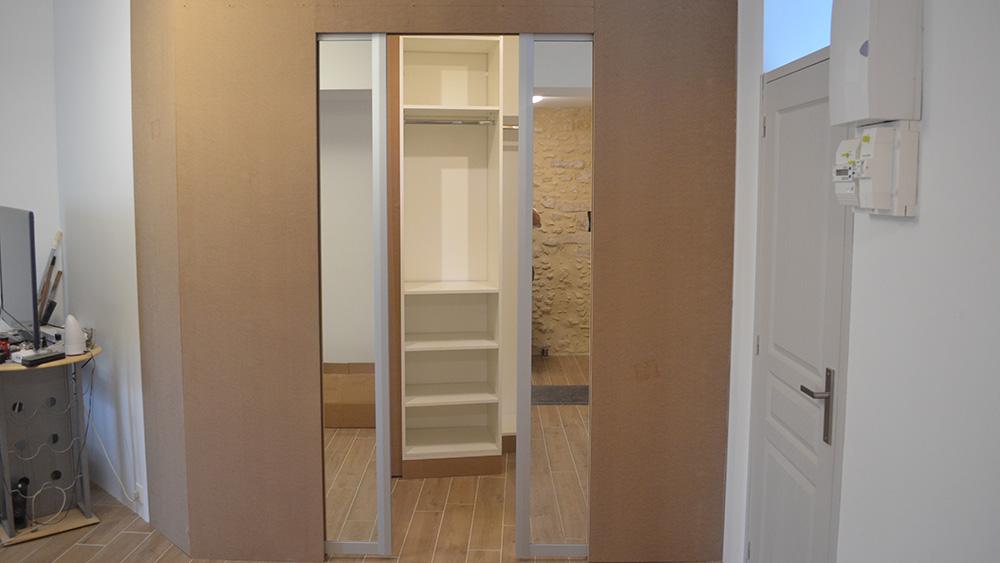 Dressing sur mesure avec portes miroirs
